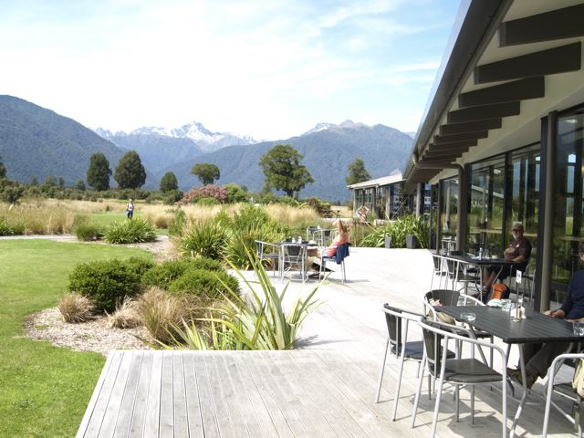 Cafe Lake Matheson