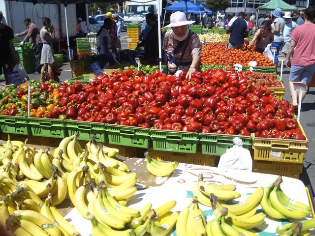 Überfluss an Frische auf dem Markt in Wellington, Sonntags