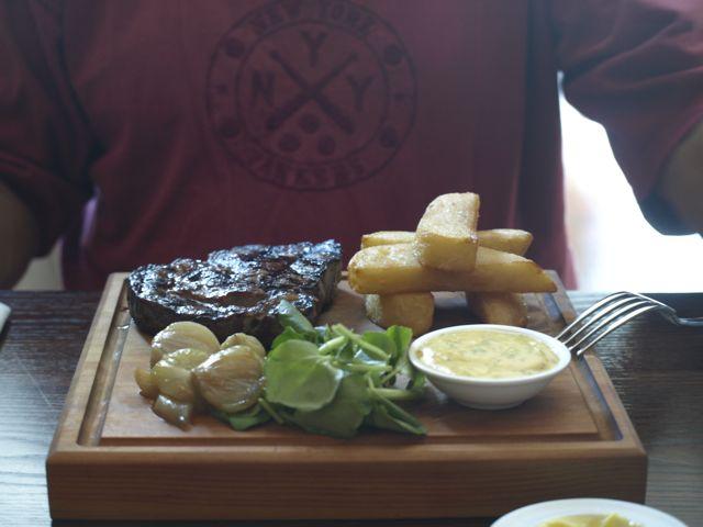 Steak im Restaurant SALT